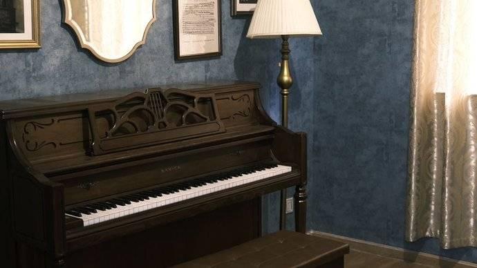 白兔糖写真馆💙钢琴复古棚